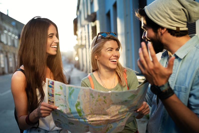 Turismo de luxo: 5 destinos incríveis para viajar com os amigos