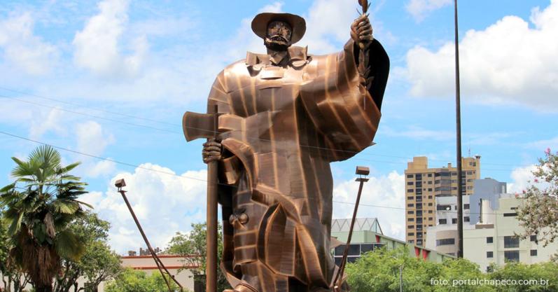 #ReveleChapecó – Conheça a história do Monumento ao Desbravador